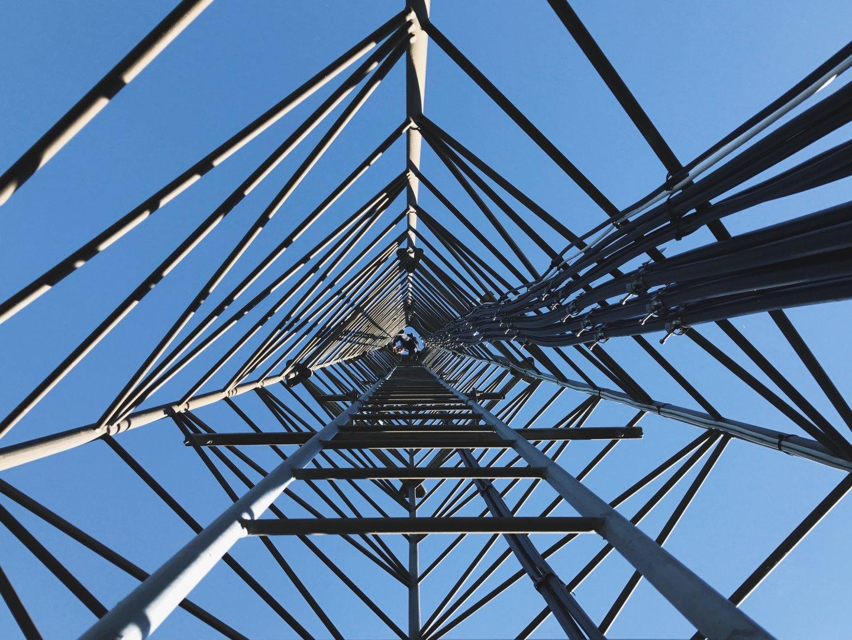 Telekomunikacijų bokštai ir stiebai